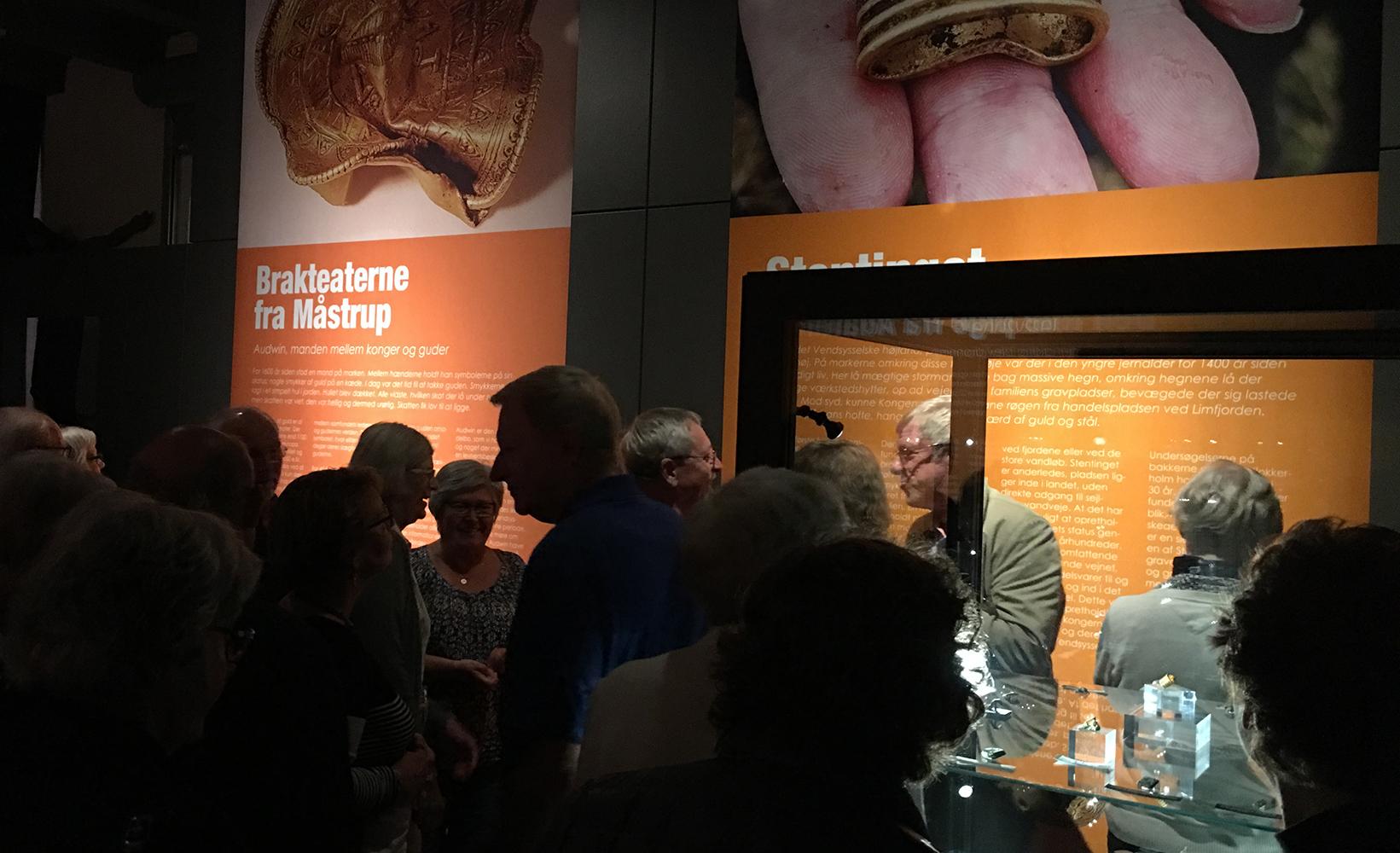 GULD magt og slægt b - udstilling - Vendsyssel Historiske Museum