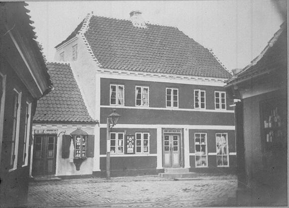 Da Hjørrings gader Tranlygte, Strømgade ca 1868